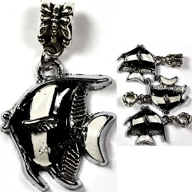4pcs Charms Pack Fish Black BD854