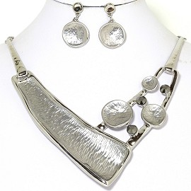 Necklace Earring Set Metallic Silver Tone FNE219