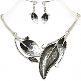 Necklace Earring Set Leaf Leaves Silver Tone Black FNE408