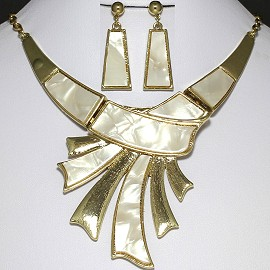 Necklace Earring Set Gold Cream White FNE935