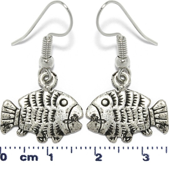 Fish Dangle Earrings Silver Metallic Black Tone Ger569