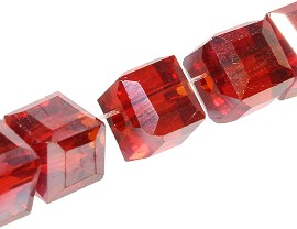 100pcs 5mm Cube Crystal Bead Red Solid JF1961