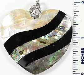 Abalone Pendant Thick Heart Cream Green Black PD1638