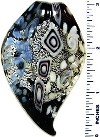 Glass Pendant Leaf Oval Tip Black White PD3289