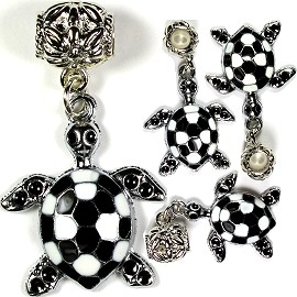 Bead 3pc Charm Sea Turtle Black White BD1170