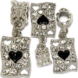 2pc Charm Rhinestones Heart Card Silver Black BD3068