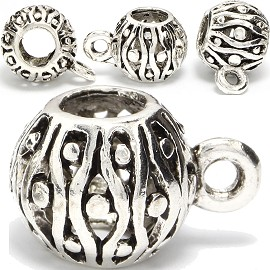 4pc Charm Round Silver BD369