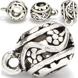 4pc Charm Round Silver BD371