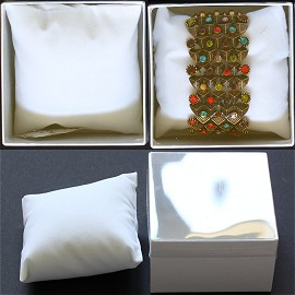 "100pcs White Boxes Clear Cover Pillow 3.75 x 3.75 x 2.5"" BX31"